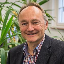 Dr. Hans-Stefan Fuchs
