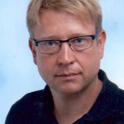 Dr. Oliver Farhauer