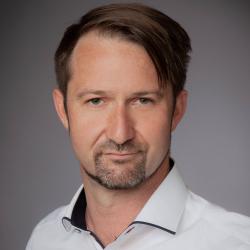 Dr. Thomas Nachreiner