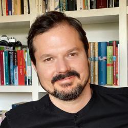 Prof. Dr. Matthias Brandl
