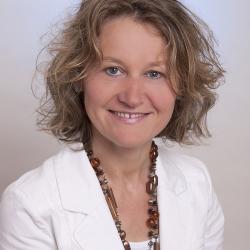 Anna Riesinger