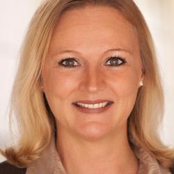 Prof. Dr. Nadine Scharfenort