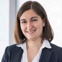 Dr. Nora Nahr